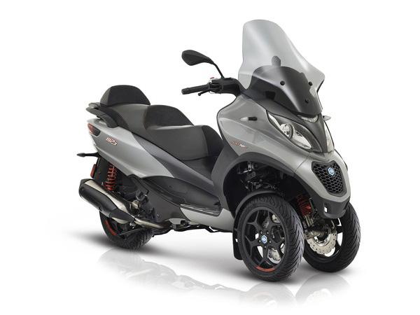 location moto scooter fr jus saint aygulf saint rapha l. Black Bedroom Furniture Sets. Home Design Ideas